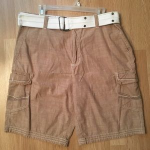 Beverly Hills Polo linen cargo shorts w/belt